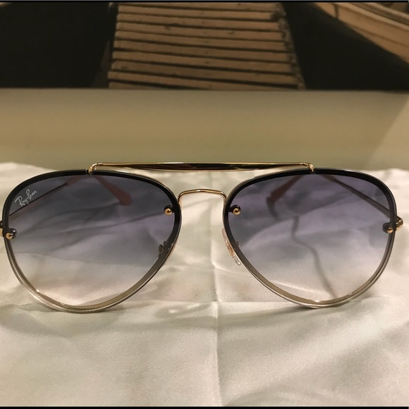 ac433b78718 Beautiful Ray-Ban RB3584 Aviatior Sunglasses. M 5ae4a364a44dbea18af6ad61